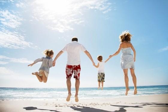 liburan-bersama-keluarga-ilustrasi-_150807083432-361